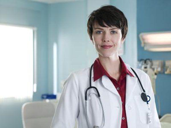 Jong vroulike dokter