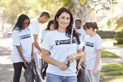 `N Groep van die kollege ouderdom van vrywilligers.