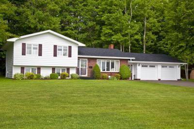 `N toevoeging kan `n split inskrywing gee huis meer ruimte en randsteen appèl.