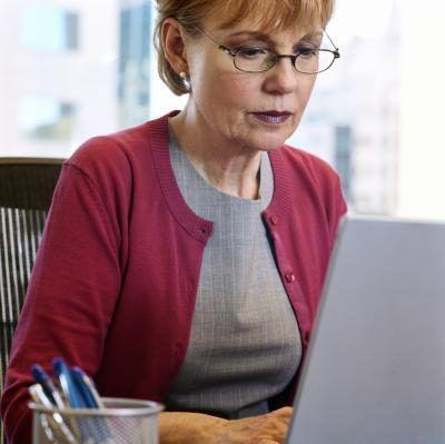 Baie afgetredenes supplment hul Social Security voordele deur te werk.