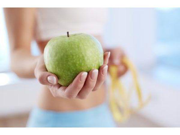 Verloor gewig met `n kombinasie van dieet en oefening.