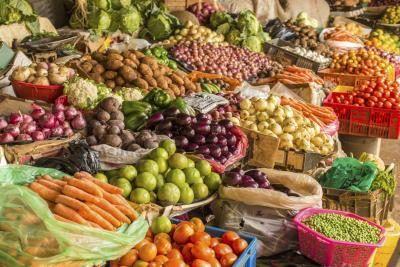Xyliltol is `n natuurlike versoeter gemaak van vrugte en groente.