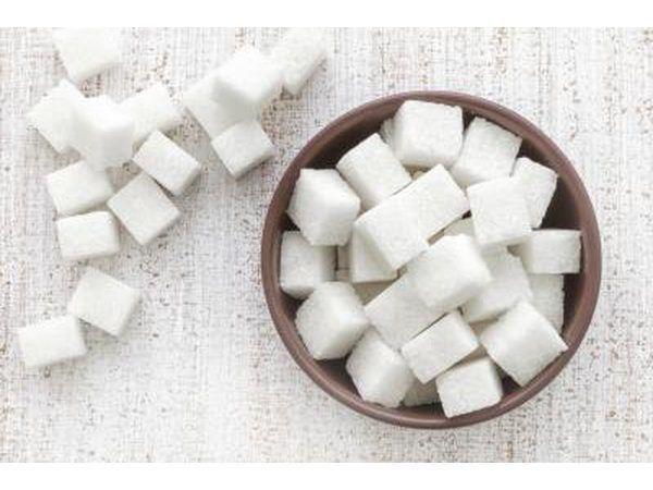 Begin met behulp van Xyliltol in die plek van gewone suiker.