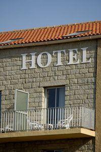 Omskep `n hotel om senior onafhanklike lewe.