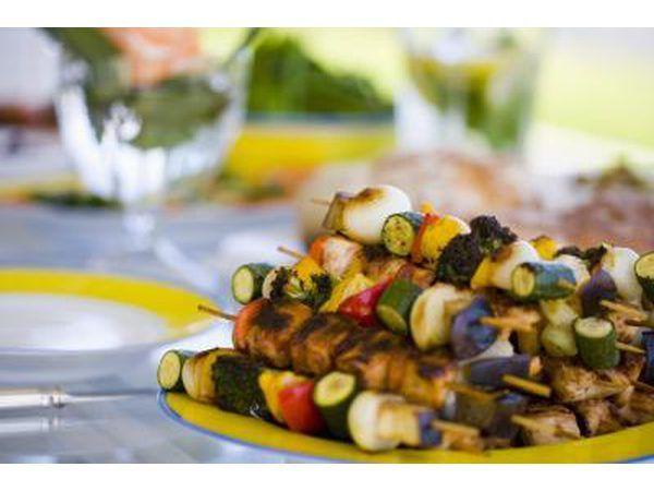 Hoender en groente kabobs.