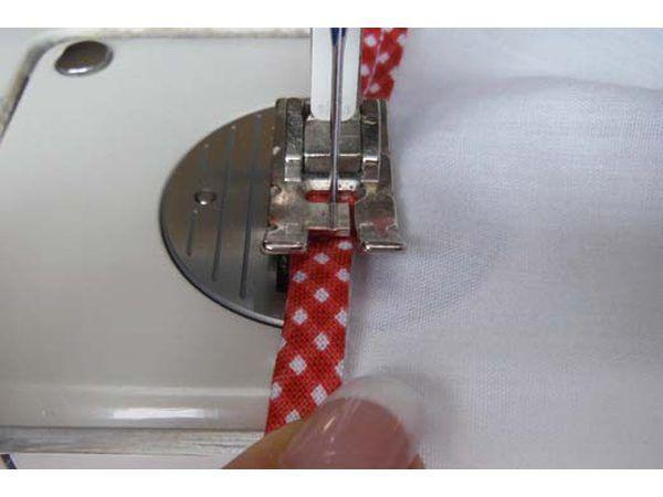Steek die bindende geslote.