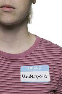 Weet hoe om die salaris wat jy verdien sal julle verlos van wat onderbetaal versoek.