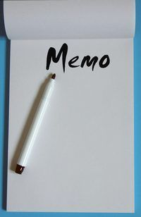 `N Vereenvoudigde memo is nog `n memorandum, net korter.