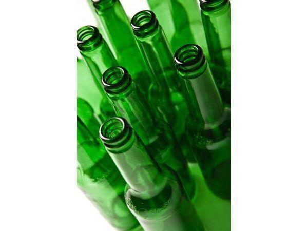 Bottels is stewige boumateriaal wat geïnspireerde paadjies maak.