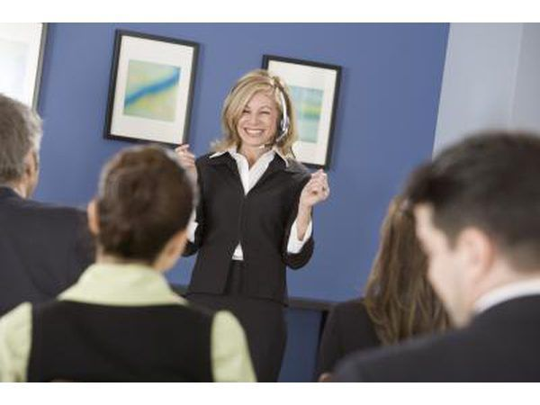 Impromptu sprekers fokus een een punt na die toespraak verkorte hou.