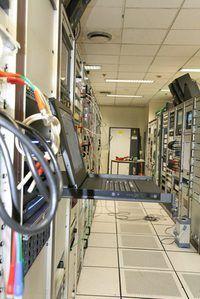 Maatskappye gebruik SCADA stelsels te groot industriële komplekse beheer.