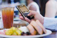 Klink digitale tegnologie is diep verander hoe kommunikasie plaasvind.