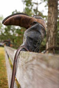 Daar is verskeie tipes van cowboy boot hakke.