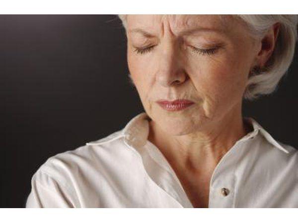 Simptome van die perimenopauze kan tydperk simptome lyk.